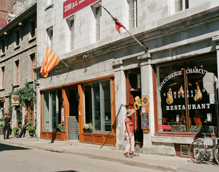 Old MontreaL Shopping And Eating